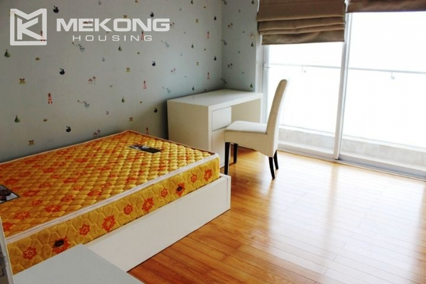117 sqm apartment with 2 bedrooms and Westlake view for rent in Golden Westlake Hanoi 10