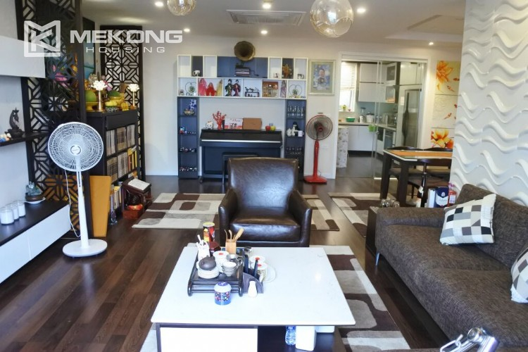 150 sqm renovated apartment with 4 bedrooms on high floor in G2 tower Ciputra Hanoi 7