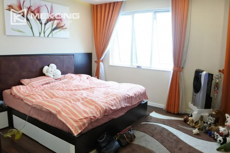 150 sqm renovated apartment with 4 bedrooms on high floor in G2 tower Ciputra Hanoi 16