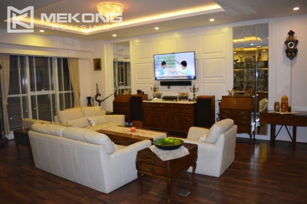 154 sqm apartment with 2 bedrooms and luxury furniture for rent in ...