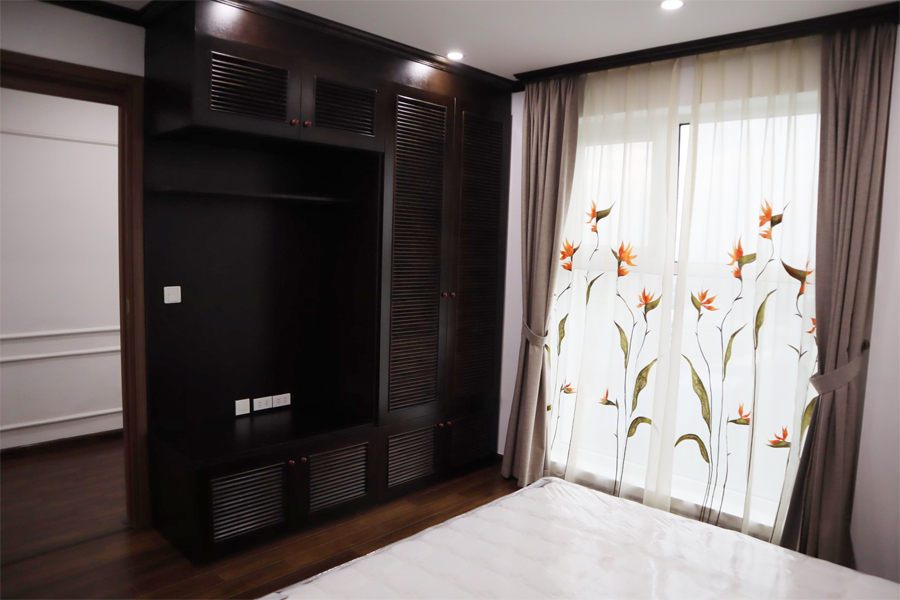 154 sqm apartment with 3 bedrooms on high floor in The Link L3 tower Ciputra Hanoi 10