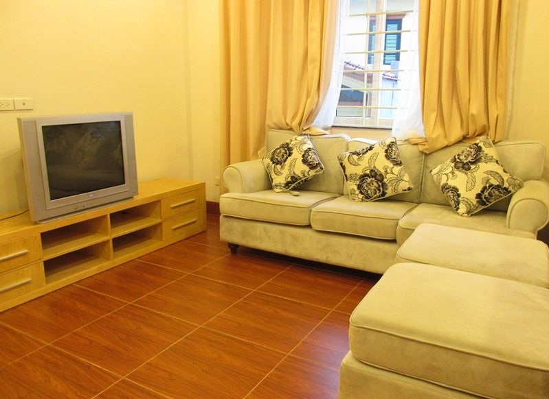 2 bedroom apartment for rent in Au Co street, Tay Ho district, Hanoi