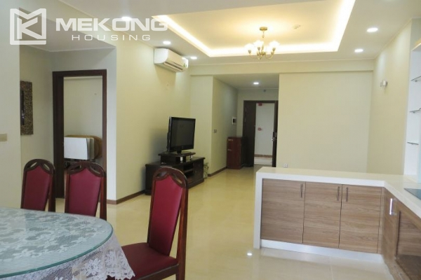2 bedroom apartment with full furniture for rent in Trang An Complex 3