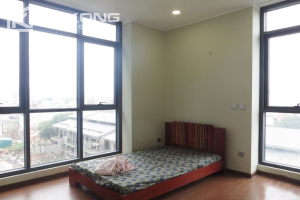 2 bedroom apartment with full furniture for rent in Trang An Complex 7
