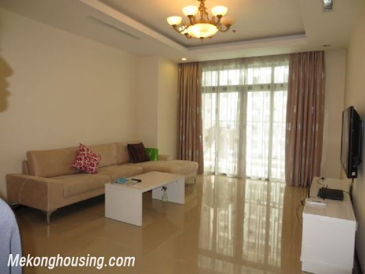 2 bedroom apartment with full furniture on high floor for rent in Vinhomes Royal City, Thanh Xuan district, Hanoi 2