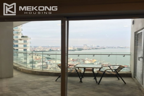 2 bedroom furnished apartment with Westlake view for rent in Golden Westlake Hanoi 5