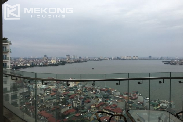 2 bedroom furnished apartment with Westlake view for rent in Golden Westlake Hanoi 6