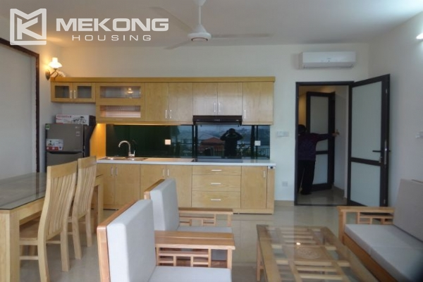 2 bedroom serviced apartment with nicely furnished furniture and lake view for rent in Au Co street, Tay Ho district, Hanoi 2
