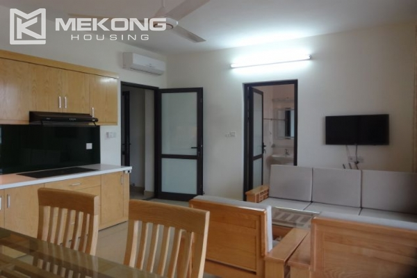 2 bedroom serviced apartment with nicely furnished furniture and lake view for rent in Au Co street, Tay Ho district, Hanoi 3