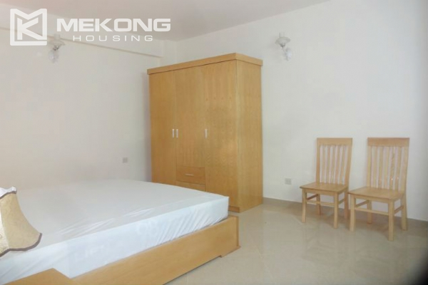 2 bedroom serviced apartment with nicely furnished furniture and lake view for rent in Au Co street, Tay Ho district, Hanoi 10