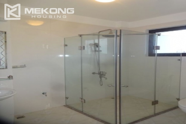 2 bedroom serviced apartment with nicely furnished furniture and lake view for rent in Au Co street, Tay Ho district, Hanoi 11