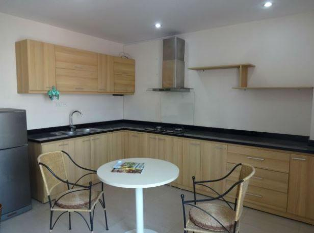 2 bedrooms apartment for rent in Lac Long Quan street, Tay Ho district, Hanoi
