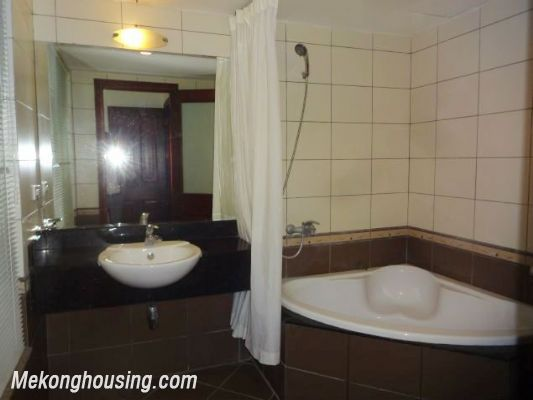 2 bedrooms serviced apartment for rent in Au Co street, Tay Ho, Hanoi 13