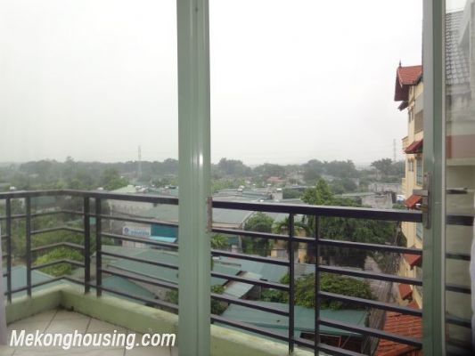 2 bedrooms serviced apartment for rent in Au Co street, Tay Ho, Hanoi 5