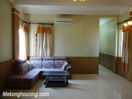 2 bedrooms serviced apartment for rent in Nghi Tam, Tay Ho, Hanoi 2