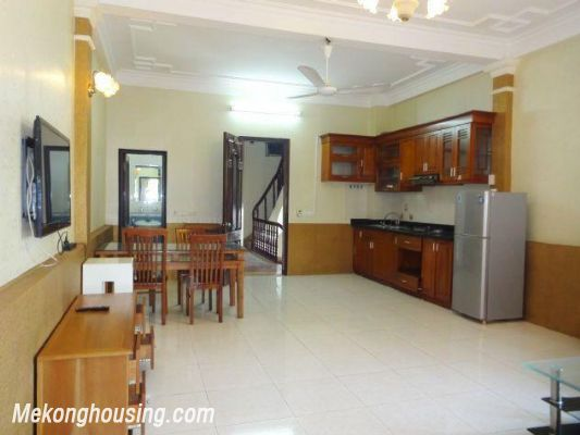 2 bedrooms serviced apartment for rent in Nghi Tam, Tay Ho, Hanoi 5