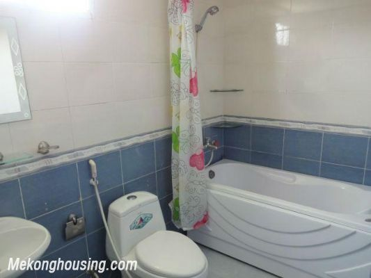 2 bedrooms serviced apartment for rent in Nghi Tam, Tay Ho, Hanoi 10