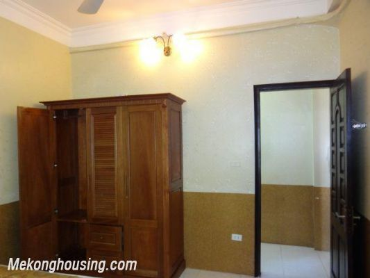 2 bedrooms serviced apartment for rent in Nghi Tam, Tay Ho, Hanoi 8
