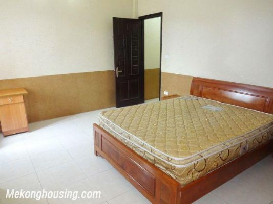 2 bedrooms serviced apartment for rent in Nghi Tam, Tay Ho, Hanoi 11