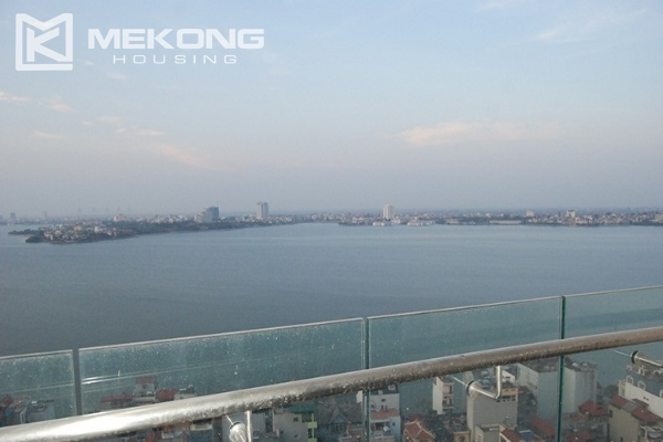 225 sqm apartment with 4 bedrooms and Westlake view for rent in Golden Westlake Hanoi 10