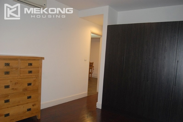 225 sqm apartment with 4 bedrooms and Westlake view for rent in Golden Westlake Hanoi 13