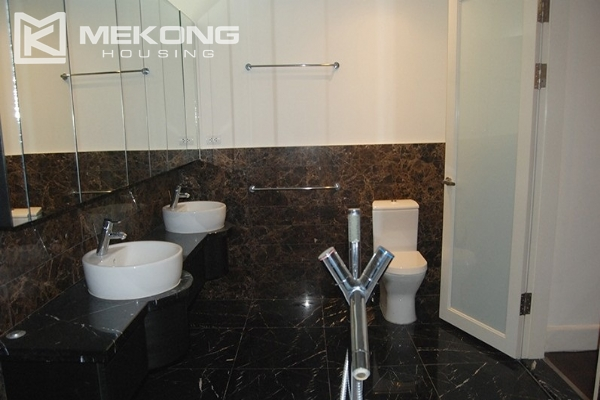 225 sqm apartment with 4 bedrooms and Westlake view for rent in Golden Westlake Hanoi 17