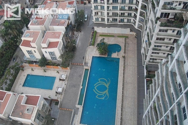 225 sqm apartment with 4 bedrooms and Westlake view for rent in Golden Westlake Hanoi 18