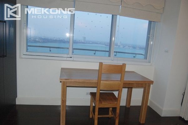 225 sqm apartment with 4 bedrooms and Westlake view for rent in Golden Westlake Hanoi 20