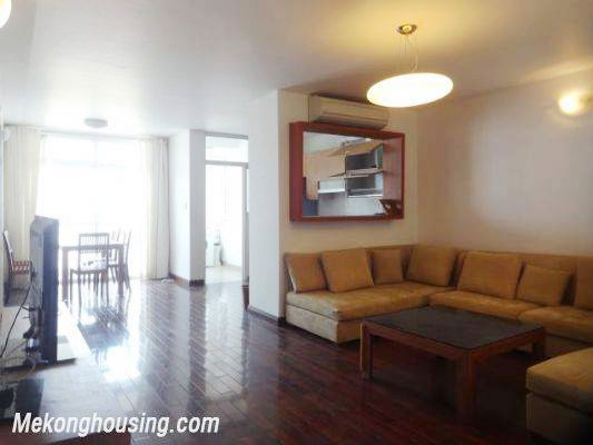 3 badroom apartment with nice view for rent at 713 Lac Long Quan