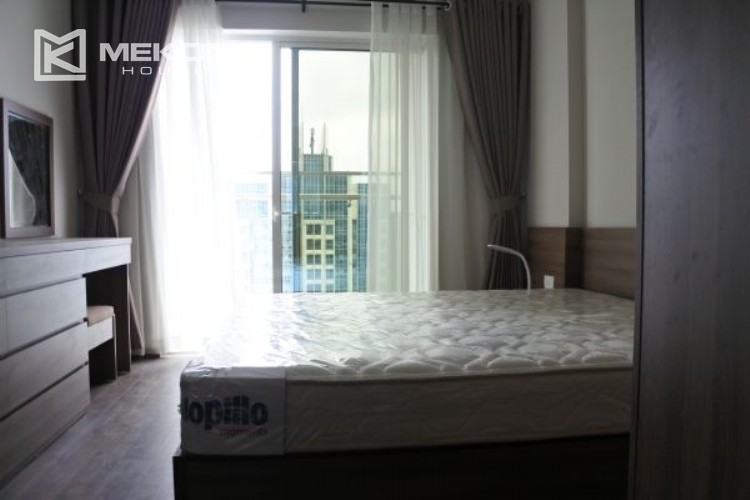 3 bedroom apartment on high floor for rent in The Link L3 Ciputra Hanoi 11