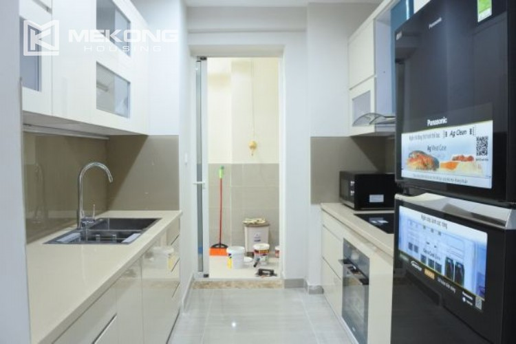 3 bedroom apartment on high floor for rent in The Link L3 Ciputra Hanoi 8