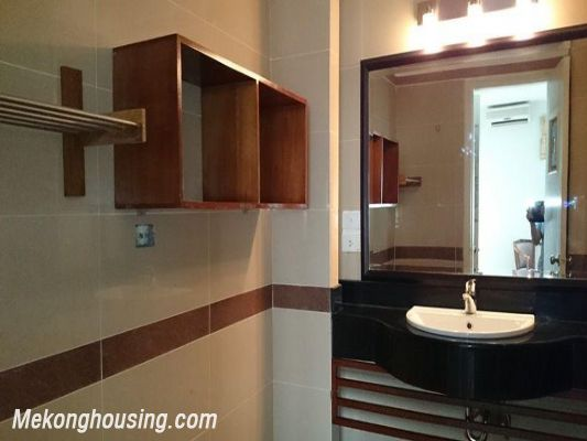 3 bedrooms apartment for lease in Ngoc Khanh street, Ba Dinh district, Hanoi 10