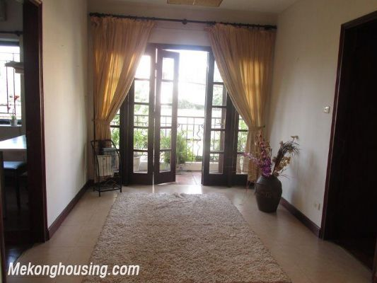 3 bedrooms apartment with full furniture for rent in Lang Ha, Dong Da, Hanoi 6