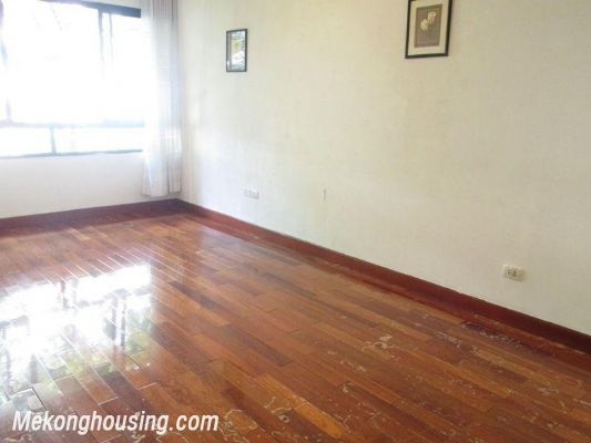 3 bedrooms apartment with full furniture for rent in Lang Ha, Dong Da, Hanoi 8