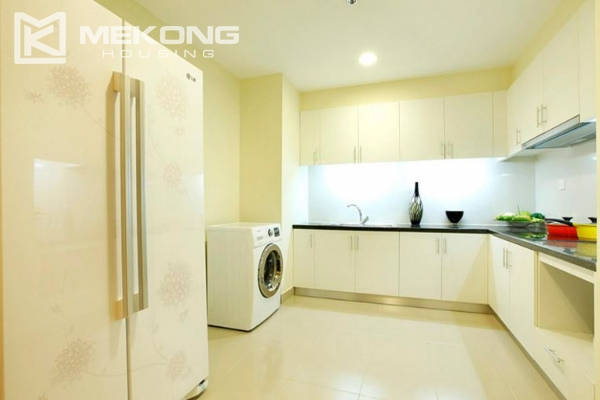 3 bedrooms apartment with furnished for rent in Times City 4