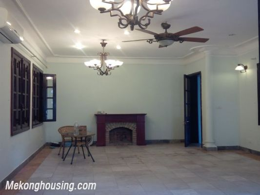 3 bedrooms house near Westlake for lease in Nghi Tam village, Au Co, Tay Ho, Hanoi 6