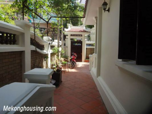 3 bedrooms house near Westlake for lease in Nghi Tam village, Au Co, Tay Ho, Hanoi 10