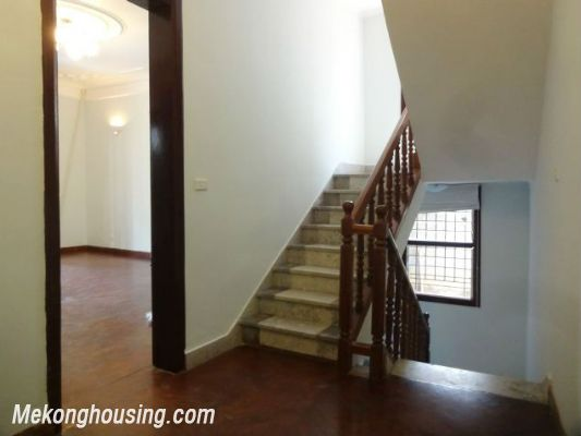 3 bedrooms house near Westlake for lease in Nghi Tam village, Au Co, Tay Ho, Hanoi 11