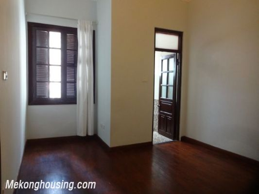 3 bedrooms house near Westlake for lease in Nghi Tam village, Au Co, Tay Ho, Hanoi 18