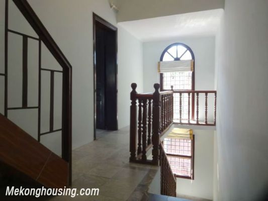 3 bedrooms house near Westlake for lease in Nghi Tam village, Au Co, Tay Ho, Hanoi 5