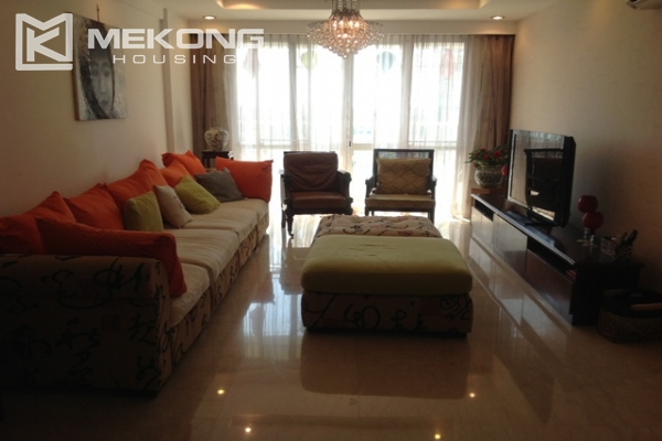 4 bedroom apartment for lease on high level in P2 Ciputra Hanoi, full furniture 1