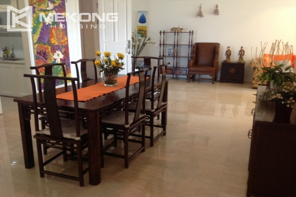 4 bedroom apartment for lease on high level in P2 Ciputra Hanoi, full furniture 2