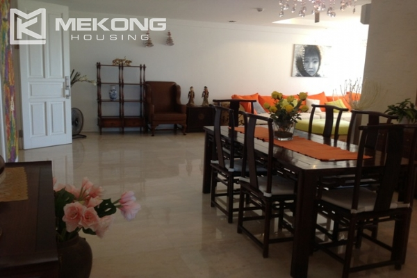 4 bedroom apartment for lease on high level in P2 Ciputra Hanoi, full furniture 3