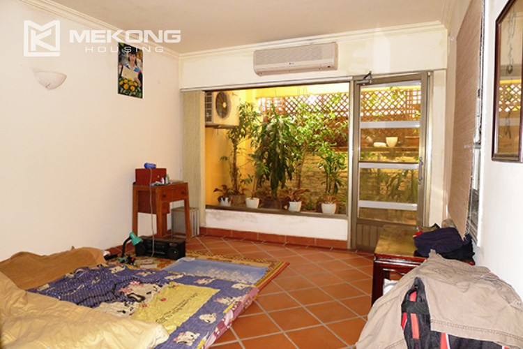 4 bedrooms villa for rent in Tay Ho, very close to West Lake 4