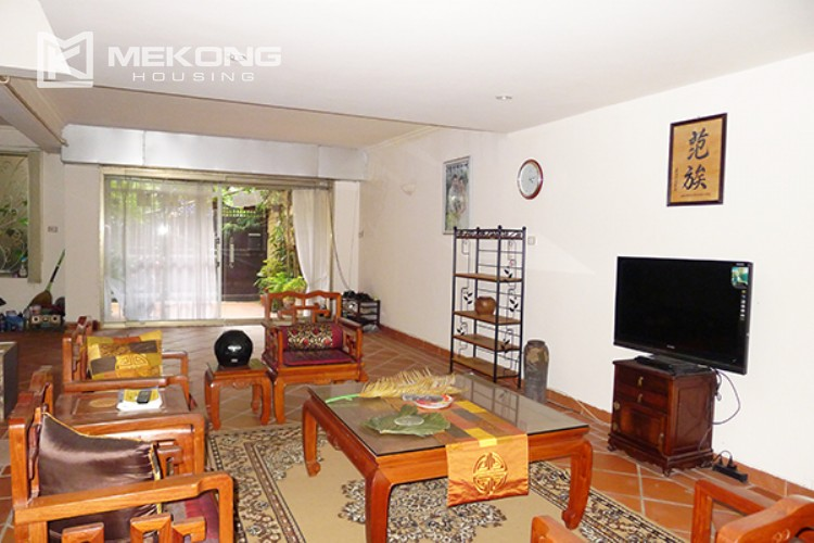 4 bedrooms villa for rent in Tay Ho, very close to West Lake 5