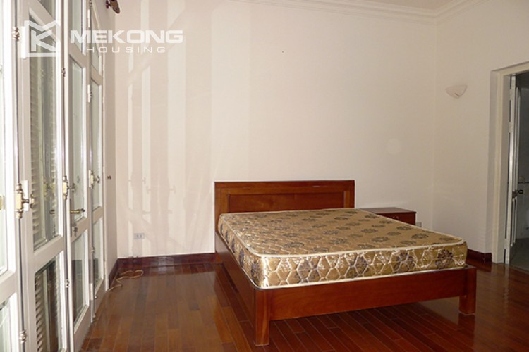 4 bedrooms villa for rent in Tay Ho, very close to West Lake 15