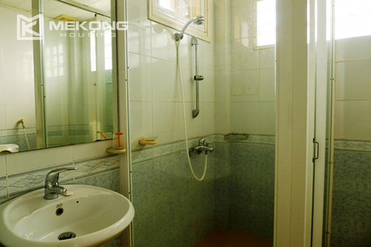 4 bedrooms villa for rent in Tay Ho, very close to West Lake 16