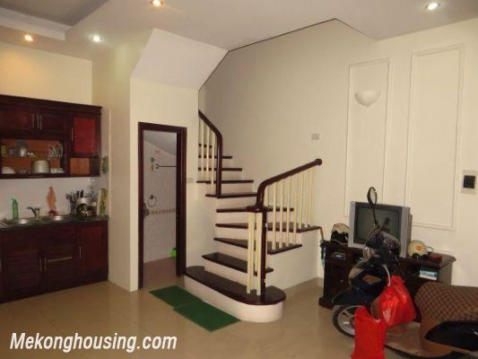 4 floors house with modern furniture for rent in Doi Can street, Ba Dinh district, Hanoi 3