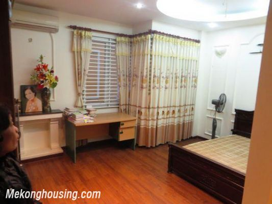 4 floors house with modern furniture for rent in Doi Can street, Ba Dinh district, Hanoi 8