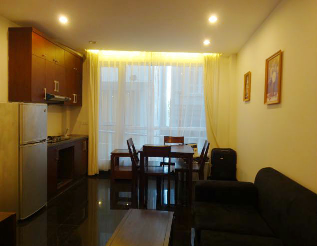 $400 serviced apartment for rent in Xom Chua, Dang Thai Mai street, Tay Ho district, Hanoi